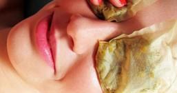 痘印痘坑如何修复 生活常见物祛痘去印技巧